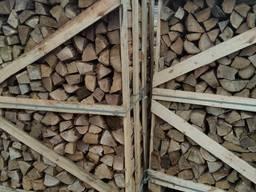 Дрова лиственных пород дуб, граб, береза
